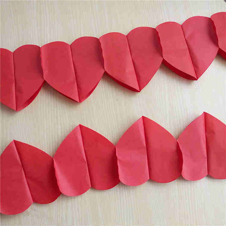 DIY Decorative Red Heart Paper Garland For Wedding Decoration